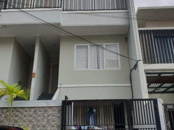 Rumah Pluit Barat 100m2 3 Lantai RMJ153