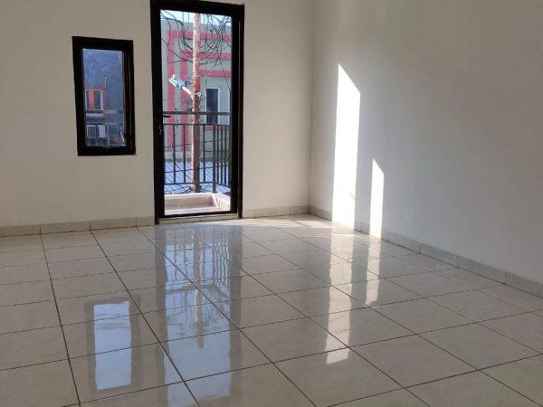 Jual Rumah Beringin Cengkareng 3 lantai 3 km SHM