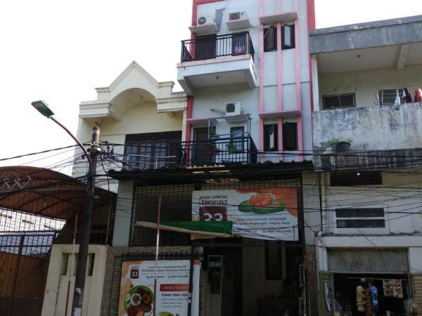 Rumah Teluk Gong 3 Lantai 150m2