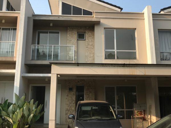 Rumah Green Puri 8x15