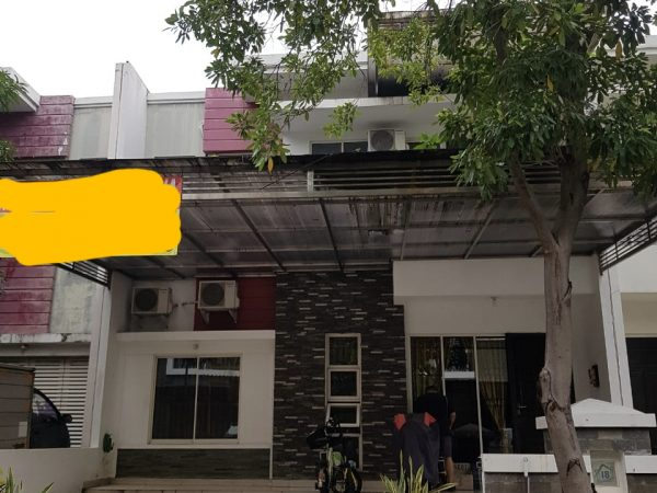 Rumah Green Mansion 8x15 RMJ131