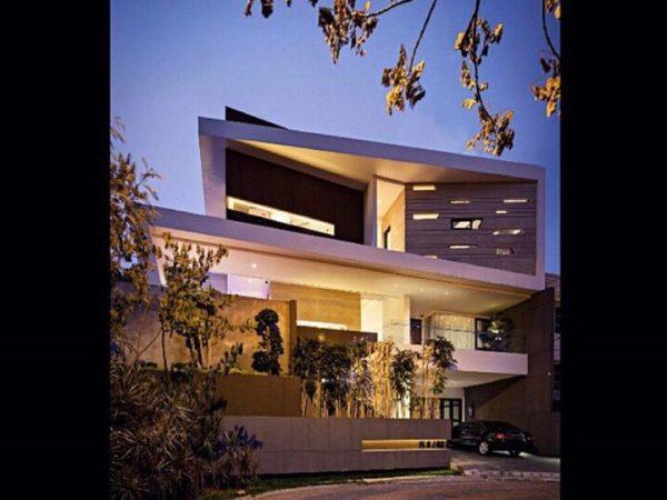 Rumah PIK Mediterania Boulevard Luxury RMJ139