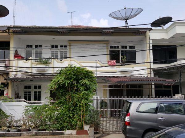 Rumah Muara Karang 200m2 Blok 8 RMJ176