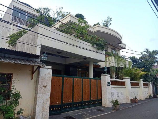 Rumah Rawabelong 368m2 RMJ175