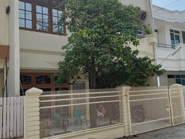Rumah Bandengan Selatan 100m2 RMJ177